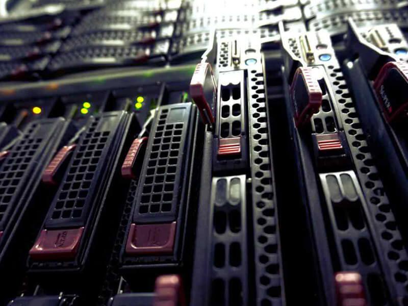 dịch vụ cho thuê máy server