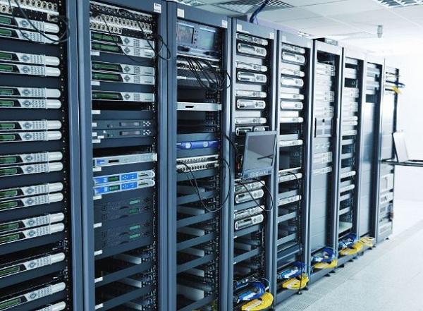 Hệ thống máy chủ cao cấp, hiện đại