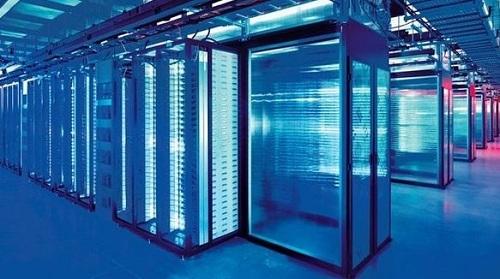 Máy chủ trung tâm của Facebook