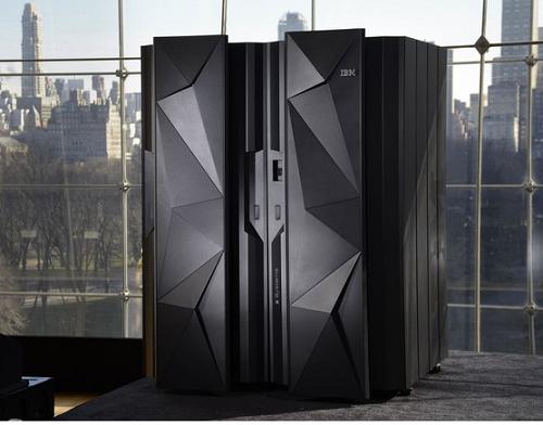 Máy tính cao cấp của IBM