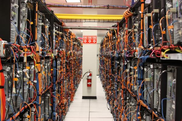 Bộ phận cấu thành một server